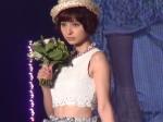 東京ランウェイの元AKB48の篠田麻里子