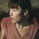 """トイレシーンを覗かれ""""女性教師""""オルガ・キュリレンコが悲鳴! 映画『15ミニッツ・ウォー』ハプニング映像"""